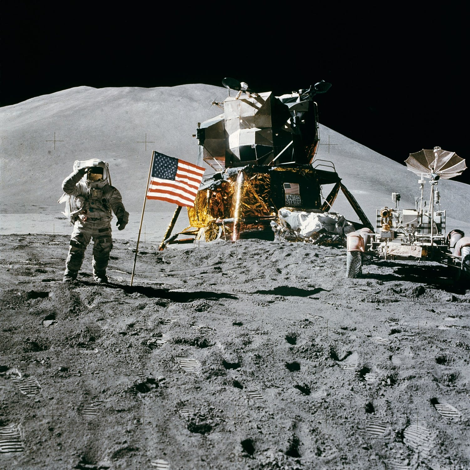 space-station-moon-landing-apollo-15-james-irwin-39896